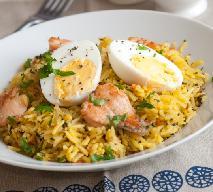 Sałatka ryżowa z jajkiem: prosta przekąska na imprezę, mecz