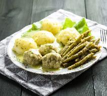Kotlet rybny ze szparagówką i ziemniakami z menu Beszamel