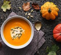 Krem z dyni: przepis na zupę dyniową z marchewką i imbirem