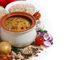 Zupa fasolowa na kiełbasie - idealna na chłody