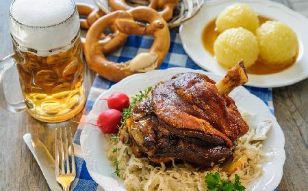 Golonka w piwie po bawarsku według Magdy Gessler: przepis z restauracji Pyszny Browar [Enigma, RADOM]