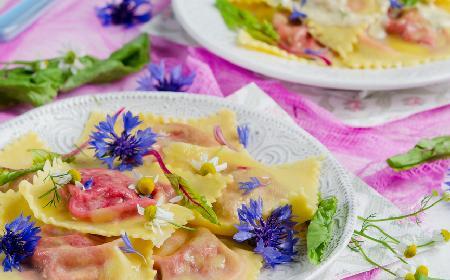 Pierogi z botwiną i serem feta