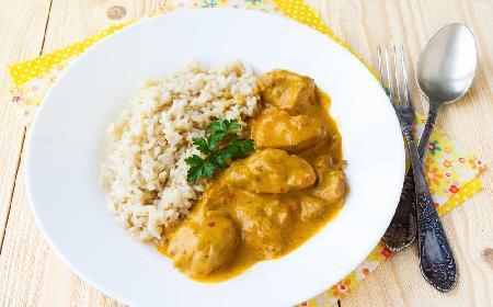 Imbirowa potrawka z kurczaka z menu beszamel