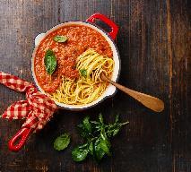 Wegański makaron w paprykowym sosie: łatwy przepis na pyszne danie