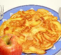 Przepyszny owsiany omlet z jabłkiem - idealny na śniadanie lub podwieczorek