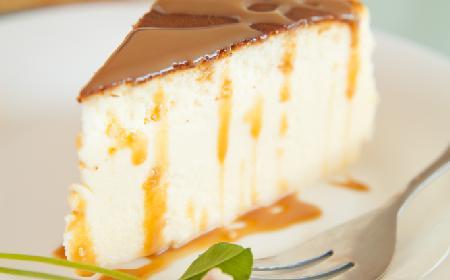 Obłędne ciasto śmietanowe o smaku toffi - lekkie jak chmurka