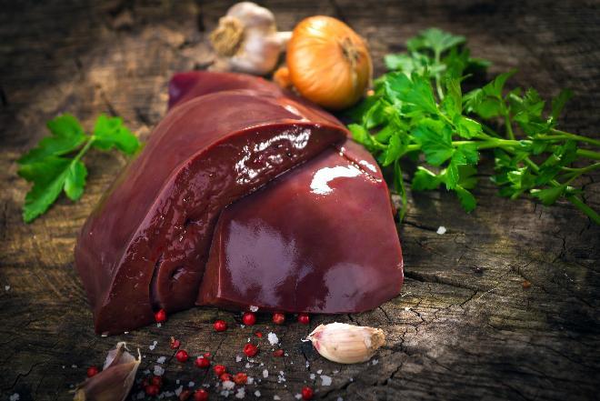 Wątroba, wątróbka - właściwości prozdrowotne, wartość odżywcza, przydatność kulinarna podrobów
